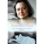 Marie, 1930 yılında alkolik bir annenin evlilik dışı çocuğu olarak dünyaya gelir.